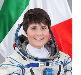 Astronaut-Samantha- Flag